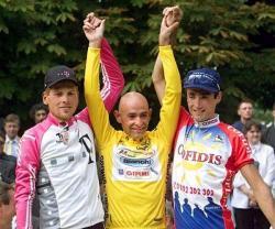 1998 Tour de France Podium: (l to r) Jan Ullrich, Marco Pantani and Bobby Julich (image courtesy of Tour de France site)