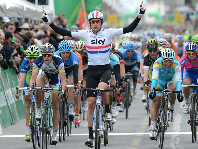 Bradley Wiggins winning a sprint in Romandie (image courtesy of Team Sky)