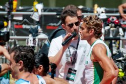 Inigo with triathlete Ralph Samson at Bilbao Triathlon (image courtesy of Gorka Elarre)