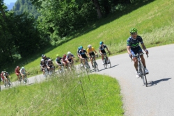 Nairo Quintanao pulls clear to solo to victory on stage 6 (image courtesy of official race website)