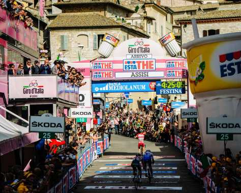 Shooting the Giro, thanks to Michele Aquarone