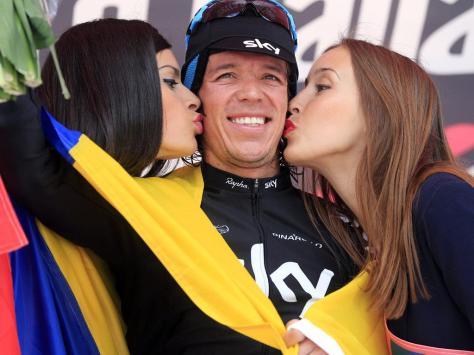 Rigoberto Uran celebrates winning stage 10 (Image: Sky)