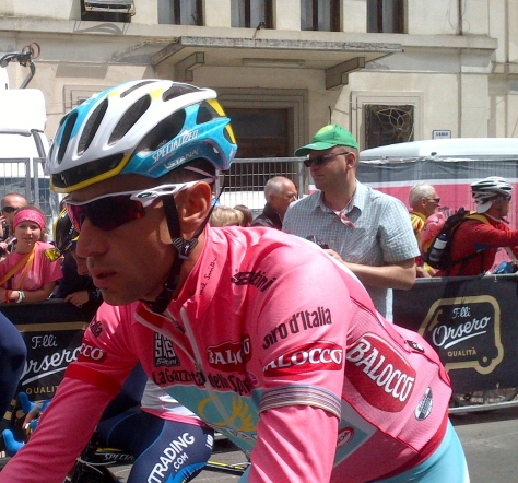 The main man, Vincenzo Niali looking pretty in pink