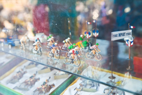 Riders in shop window - CC