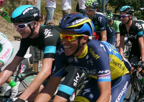 A ready quip and smile between rivals Alberto Contador and Chris Froome (image: Richard Whatley)