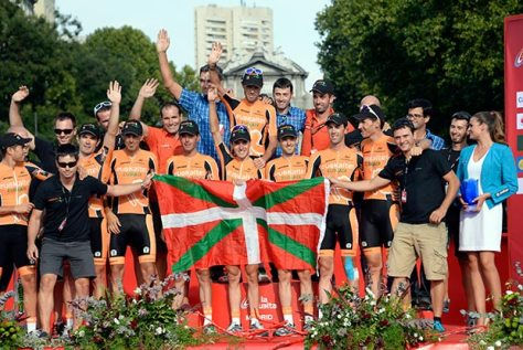 Euskaltel-Euskadi departed the grand tour scene by winning the team classification (Image: Vuelta website)