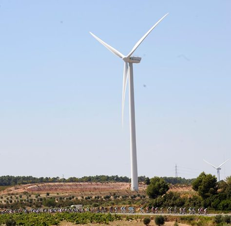 Vuelta 2013 stage 12 windmill Vuelta website