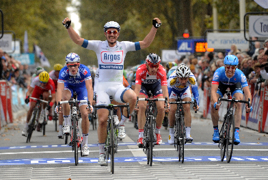 Degenkolb rounds off his 2013 campaign with victory on the Avenue de Grammont (Image: Paris-Tours)