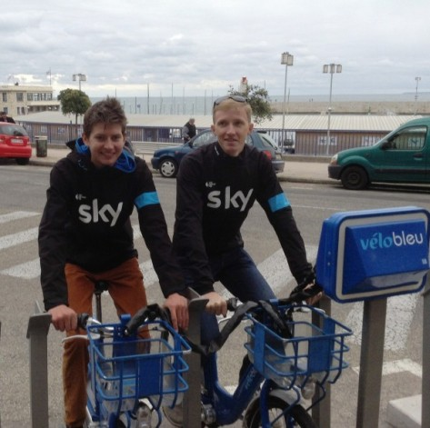 Sky Procycling's bikes were recently stolen so the boys are training on Les Velos Bleues (image: Sheree)
