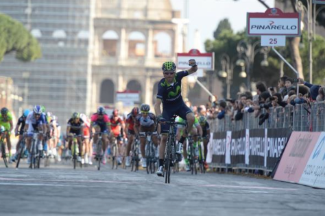 Alejandro Valverde wins in front of the Colosseum (Image: Movistar)