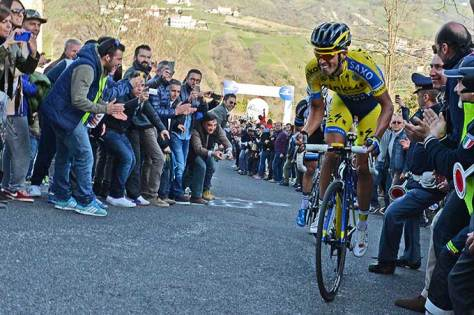 Contador shows the strain on the Muro di Guardiagrele (Image: Tirreno-Adriatico)
