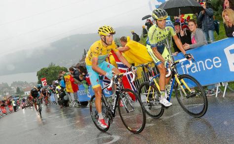 Nibali is back in yellow (image: Tinkoff-Saxo)