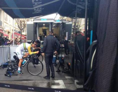 Richie warming up before today's stage (image: Sheree Whatley)