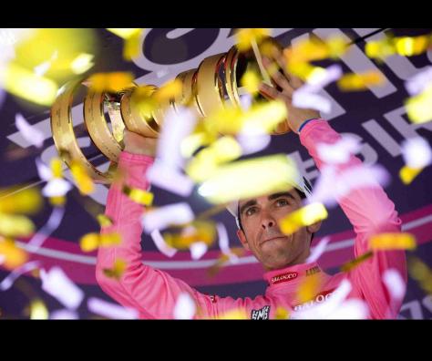 Pink confetti 2
