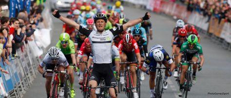 Vuelta al Pais Vasco 2016 stage 3 winner, Steven Cummings (image: Dimension Data)