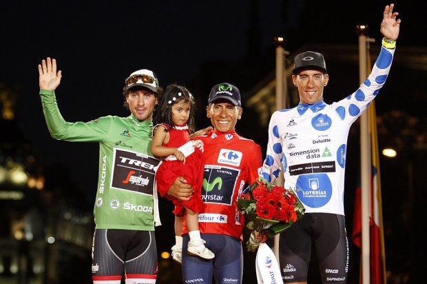 Fabio Felline (Trek - Segafredo), Nairo Quintana (Movistar) y Omar Fraile (Dimension Data) en el podio final de la Vuelta a España 2016 © Javier Belver
